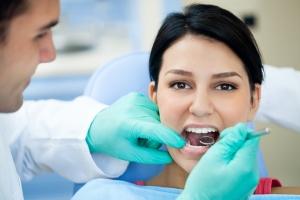 dental-surgery guru dr michaelis